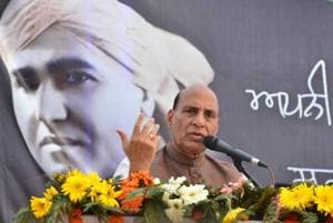 Strict action against those vandalising statues: Rajnath Singh