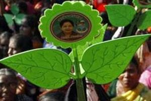 Delhi court grants bail to accused in AIADMK party symbol bribery case