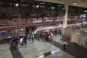 Delhi Metro network spans over 250km; Kejriwal, Union minister Puri...