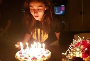 Alia Bhatt's birthday party on Brahmastra sets has Neetu Kapoor. But...