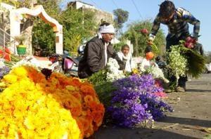 Lucknow: Old City to lose fragrance: Phool mandi going to Gomti Nagar