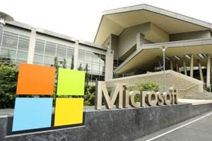 Microsoft offers $250,000 to identify chip bugs