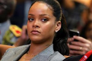 Snapchat shares tumble after Rihanna denounces the app over 'beating'...
