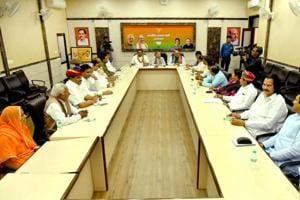 Vasundhara Raje's ministers meet amid reshuffle reports
