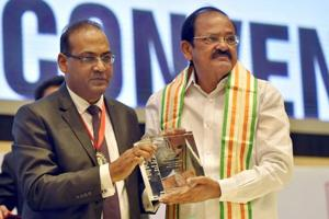 Vice president Naidu bats for MBBS degree in Indian languages