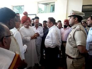 Badshahpur murder case: Police assure security to victim's widow