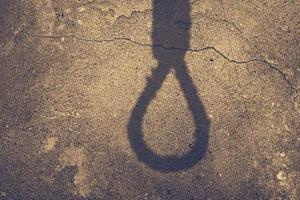 Six-year-old girl found hanging from tree on outskirts of Lucknow