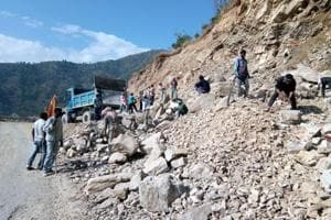 Deadline extended for all-weather road project, Uttarakhand clueless