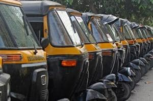 2 drivers arrested in Thane for stealing and renting out autos, bikes