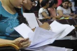Lucknow University B.Com students get compulsory questions on BJP...