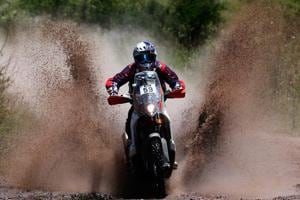 CS Santosh stays in lead after leg 2 at Desert Storm