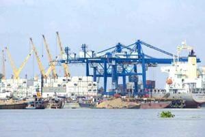 Maharashtra PAC slams maritime board for flouting rules while awarding...