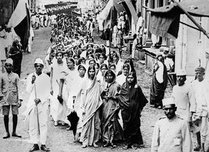 Like Lakshmibai Tilak, many Indian women were emerging from their homes: In this picture dated 29 July 1930, women are marching through Bombay streets as part of a demonstration calling for the boycott of British products.