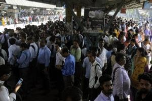 What makes Mumbai vulnerable to rail rokos?