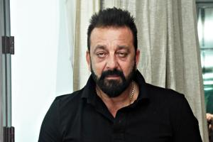 Sanjay Dutt to act in comedy film Blockbuster