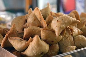 Finger licking good: British city Leicester to host National Samosa...