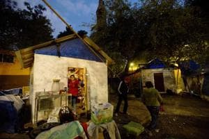 Photos: Six months after Mexico quake residents still camp outside...