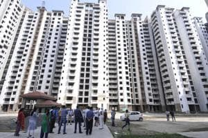 Noida: Power to four of Amrapali high-rises snapped