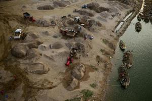 India looks to Nepal to revive Yamuna river