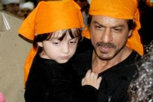 As Shah Rukh Khan and son AbRam turn snowmen, Azad Rao and dad Aamir...