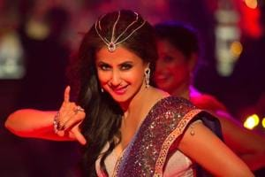 Urmila Matondkar returns after nine years as Bewafa Beauty in Irrfan...