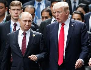 Trump defends call to Putin, White House hunts for leaker