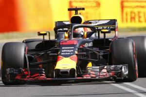Formula One: Daniel Ricciardo handed three-place penalty for...