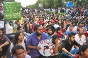 JNU teachers, students face lathi-charge, water canons as march to...