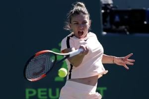 Top seed Simona Halep survives scare to advance in Miami Open