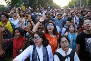 NCW orders probe into police lathicharge at JNU protest march