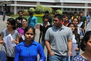 CBSE to set up metal detectors at JEE-Mains exam centres, to screen...