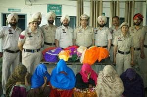 Ludhiana Division Number 1 police arrested women gang on Saturday.