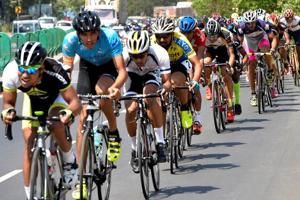Mumbai-Pune cycle race: Top cyclists battle heat, traffic