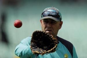 It would be unusual if Australia coach Darren Lehmann was unaware of his players' plan to tamper with the ball against South Africa, says Nasser Hussain.