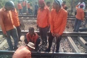 Mumbai's CR train services delayed as rise in temperature causes track...