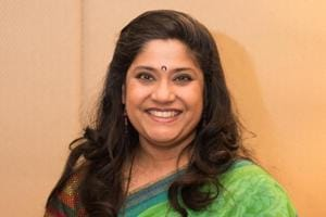 Renuka Shahane played the character of Flory Mendonca in 3 Storeys.