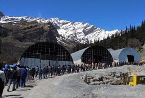 Work on Rohtang Tunnel halts as over 500 workers go on strike