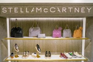 Independent venture: Stella McCartney goes solo the first time in 17...