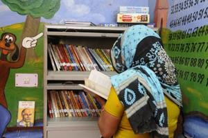 To help women prisoners and their children cope better in jail, the Ranganathan Society for Social Welfare and Development from BIMTECH college of Greater Noida contributed a mini library to the jail.