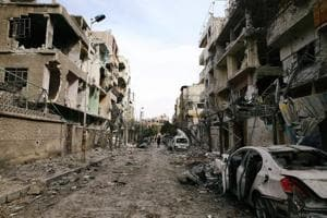 Syrian rebel group begins to leave last bastion in eastern Ghouta
