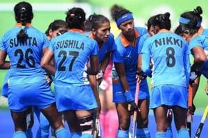 The India women's hockey team defeated a local Queensland side 5-0 in their opening warm-up match of the Commonwealth Games 2018, but lost 1-3 to Canada on Sunday.