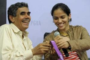 Saina Nehwal's father Harvir Singh has not been allowed to enter Commonwealth  Games 2018 village in Gold Coast.