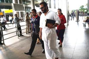 Saif Ali Khan, Tabu, Sonali Bendre and Neelam return to Mumbai after...