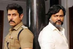 Vikram and Bobby Simha pose together, reveal their look in Saamy...