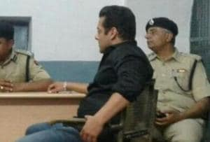 Salman Khan spends night in jail: Malaika Arora, Daisy Shah visit...