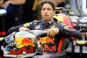 Bahrain Grand Prix: Daniel Ricciardo fastest in first free practice