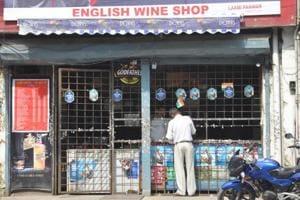 A liquor shop in Dehradun.