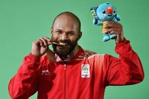 Get highlights of 2018 Commonwealth Games in Gold Coast here. Indian weightlifters Sathish Kumar Sivalingam and Ragala Venkat Rahul won gold medals at the Carrara Sports Arena in Gold Coast  on Saturday.