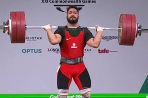 Vikas Thakur wins bronze in weightlifting at 2018 Commonwealth Games