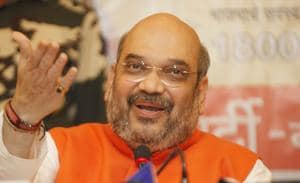 Amit Shah made it clear that chief minister Devendra Fadnavis' government will complete its five-year tenure.